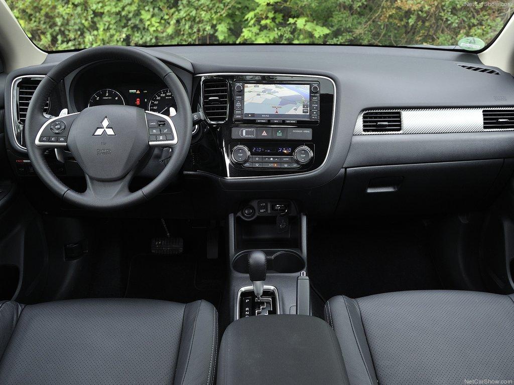 интерьер Mitsubishi Outlander 3 2013…
