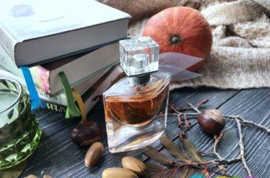 #язарефилинг - под таким лозунгом @MuglerOfficial запустили крутую акцию! ... Теперь в магазинах @goldapple_ru до 17 ноября 2019 года вы можете обменять любой свой старый флакон от парфюма на флакон @MuglerLovers и заполнить его парфюмерной водой на выбор: #AuraMugler #AngelMugler или #WeAreAllAlien , заплатив только за стоимость наполнения 💚 ... Как вам такой сервис? Какой бы парфюм выбрали? ... Я обновила Aura для любимой мамочки ☺️ ... #парфюмерия #мюглер #новинкипарфюмерии #золотоеяблоко #парфюмерныйманьяк #парфюмернаявода #аромат #ароматдня