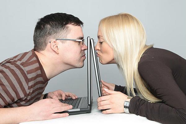 о себе с юмором в анкетах знакомств