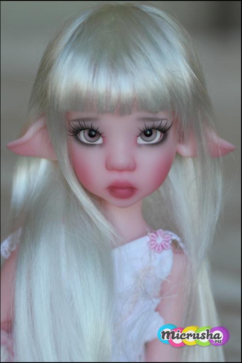 розовая Ларисса Kaye Wiggs
