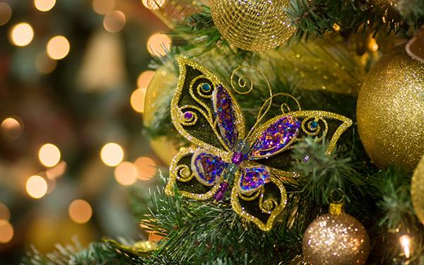 бабочки на елку