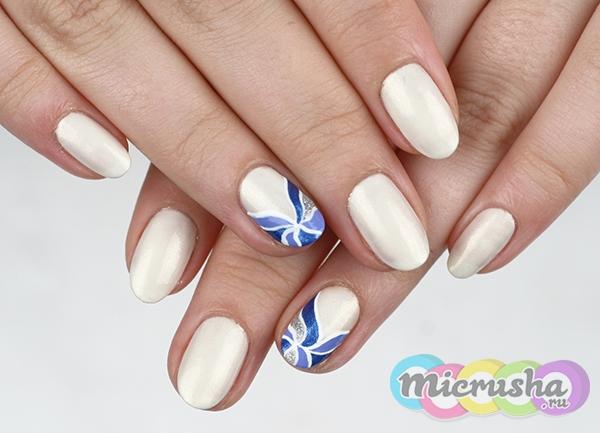 дизайн ногтей Морозные узоры