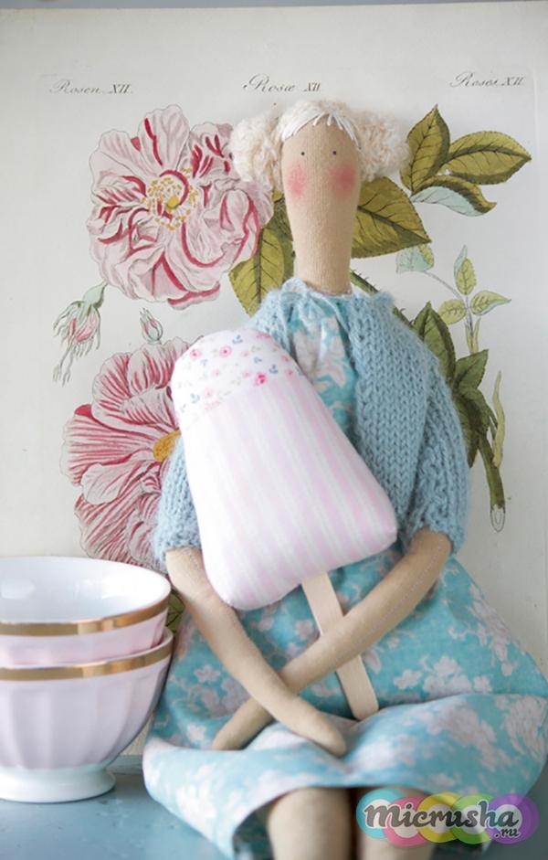 кукла тильда с мороженым