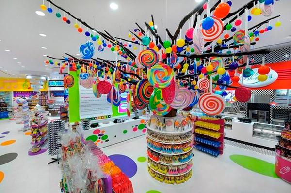 Самый большой шоколадный супермаркет в России