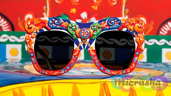 Dolce&Gabbana Sicilian Carretto Eyewear Special Collection
