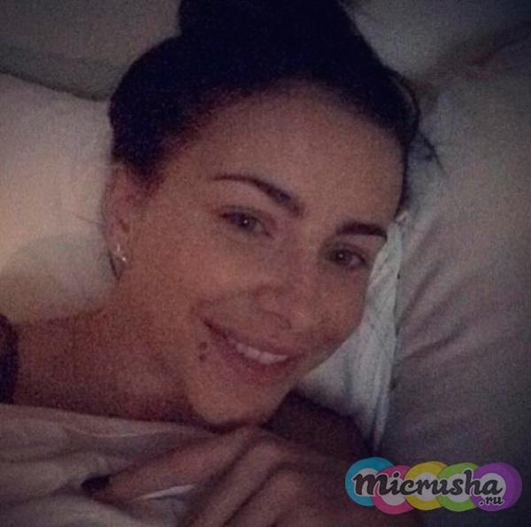 Ани Лорак фото без макияжа в кровати