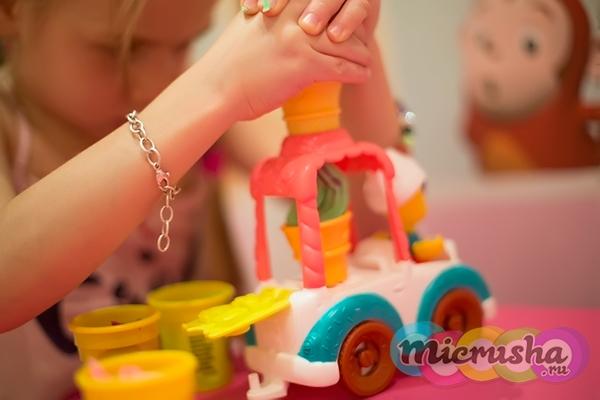 Масса для лепки от Play Doh