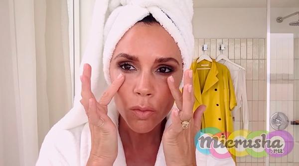 Виктория Бэкхем без макияжа