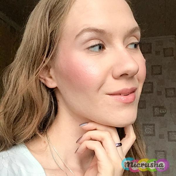 макияж с румянами