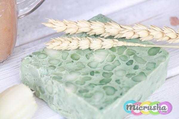 Мыло ручной работы Овсянка и зелень от LUSH