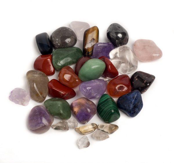 Яшма с другими камнями