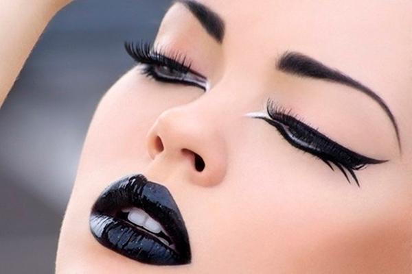 готичный зимний макияж