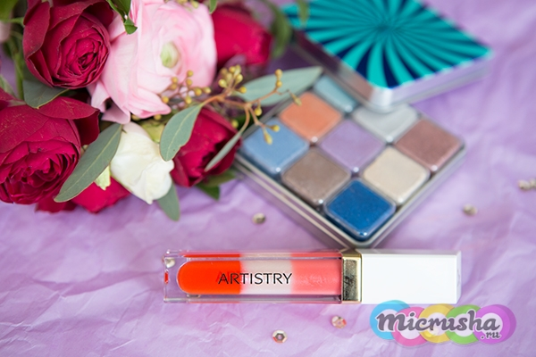 ARTISTRY SIGNATURE COLOR™ Палетка мерцающих теней для век