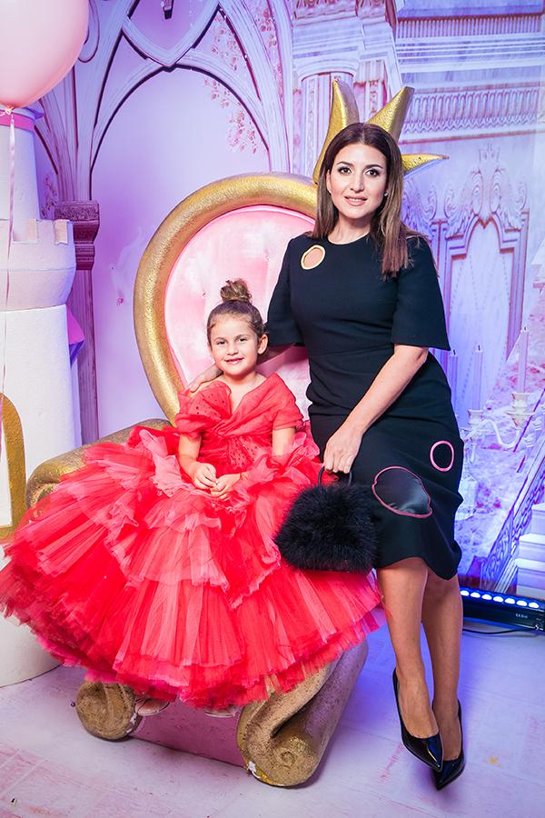 Жасмин с дочерью Маргаритой Шор
