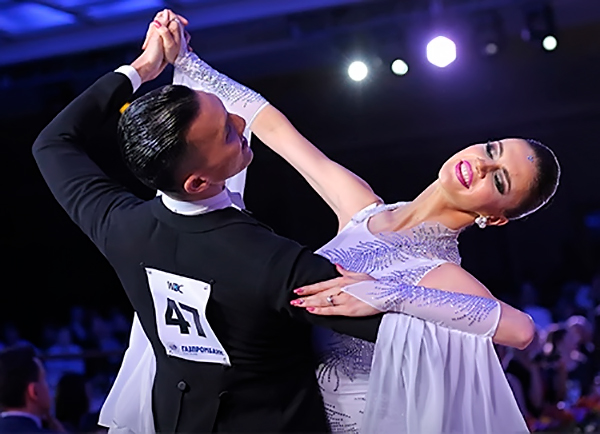 Виктор Фанг и Анастасия Муравьева, США