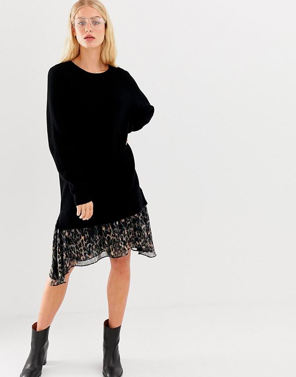 Платье-свитер с кружевом