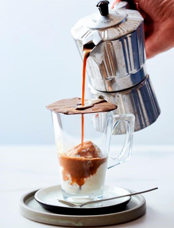Италия кофе аффогато