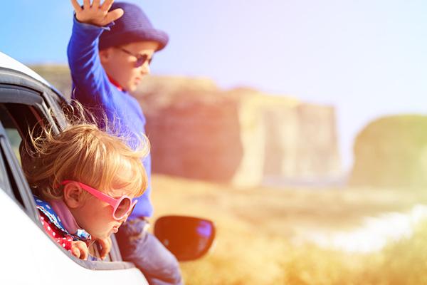 развлечь ребенка в дороге