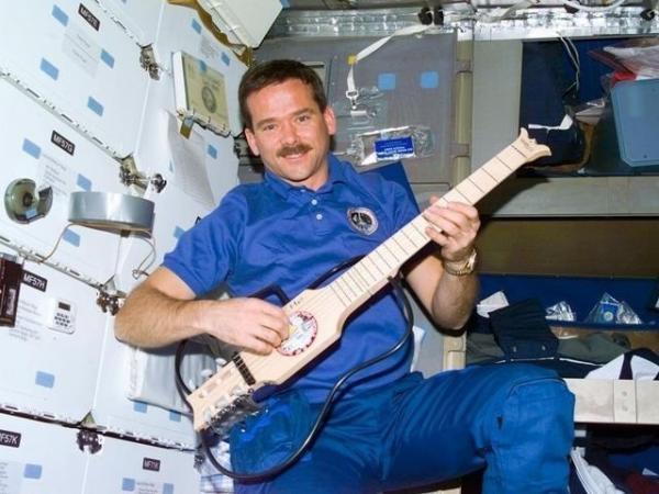 руководство астронавта по жизни на земле