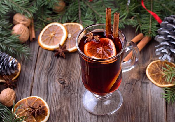 Безалкогольный глинтвейн на основе вишневого сока