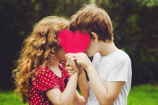 Первая любовь в подростковом возрасте