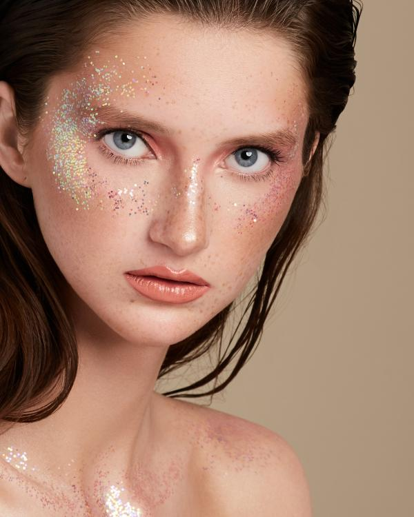 блестящий макияж