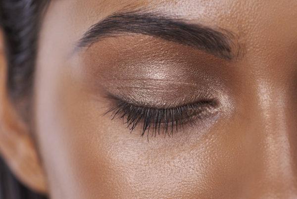 Летний макияж. Как продлить стойкость?