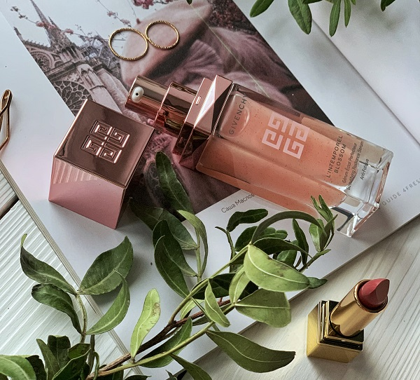 "Givenchy L ""Intemporel Blossom Сыворотка для красоты и сияния кожи"
