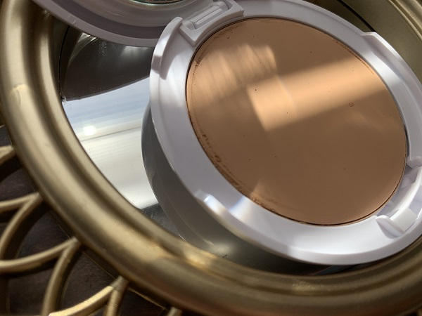 кушон Uriage Water Cream Tinted Compact SPF-30