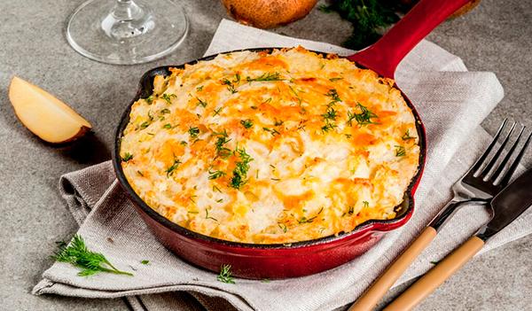 Картофельная запеканка с тыквой и сметаной