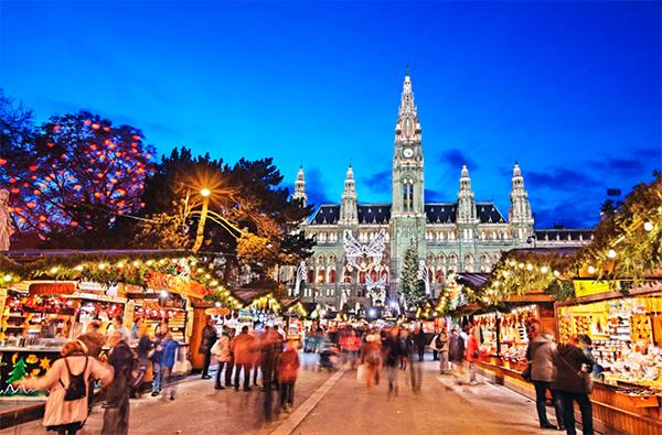 Wiener Christkindlmarkt в Вене